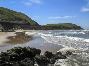 Gower Beaches : Burry Holmes Beach