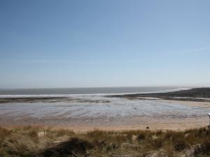 Gower Beaches : Port Eynon Bay