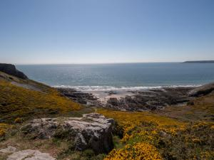 Gower Beaches : Foxhole Cove