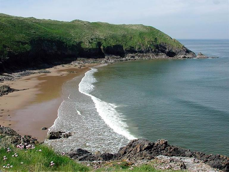 Gower Beaches : Blue Pool Bay