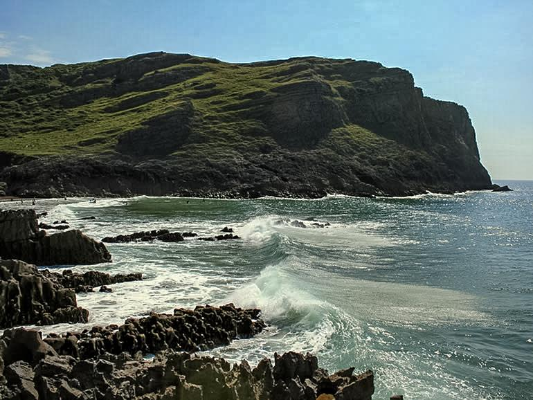 Gower Beaches : Mewslade